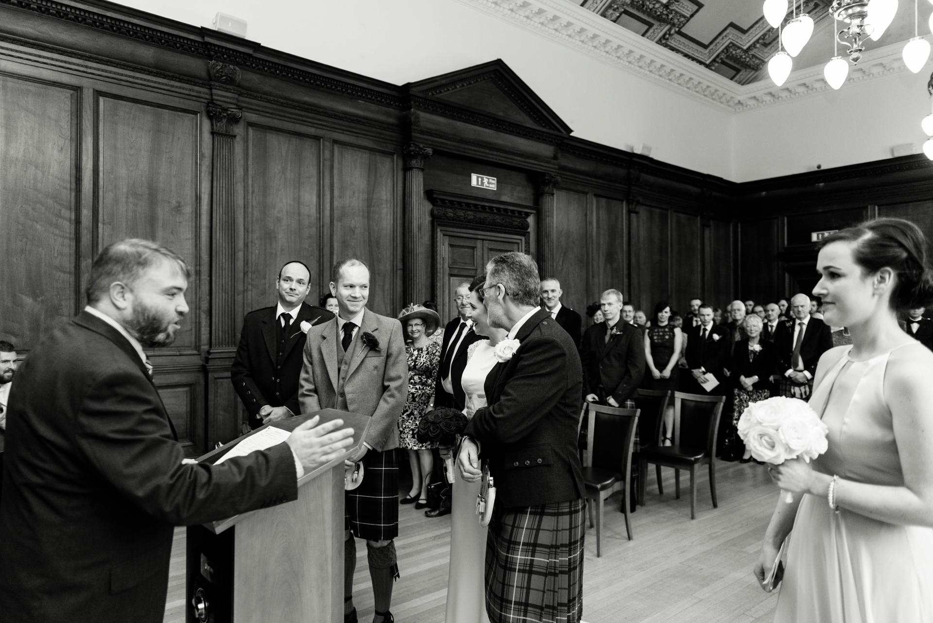 Edinburgh City Chambers Wedding_0010.jpg